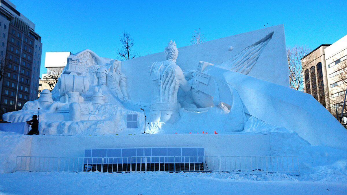 Foto de Japoneses reproduzem Final Fantasy 7 em uma escultura gigante de gelo