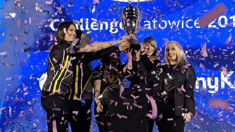 Competições femininas e-sports
