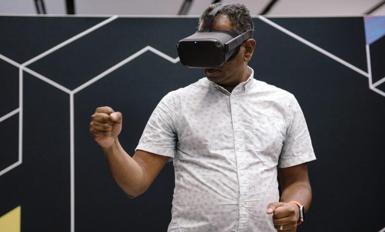 Foto de Apple VR supostamente em produção será operado por baterias